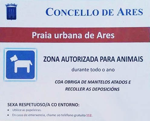 cartel informativo de la playa canina de Ares